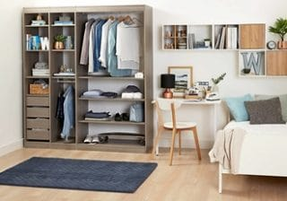 мебели за складиране в спалнята