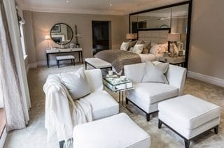 Мебели в спалнята