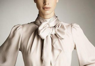 блуза с панделка
