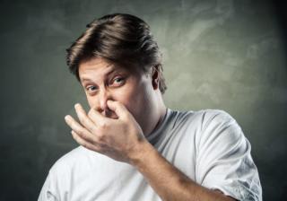 мъж не харесва аромат