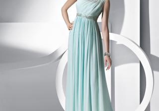 Актуални цветове при дамските дрехи за сезон лято