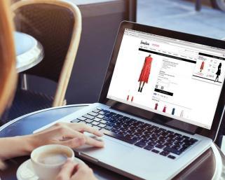 Защо да пазаруваме дрехи online