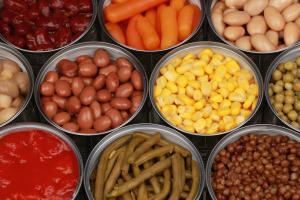 бебешка храна с консервирани зеленчуци и плодове