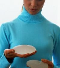 Поставяне на силиконови импланти