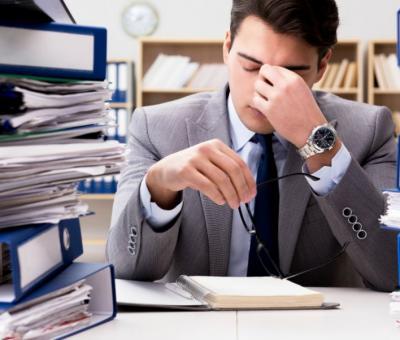 Как да се справите с претоварването и стреса на работното място?