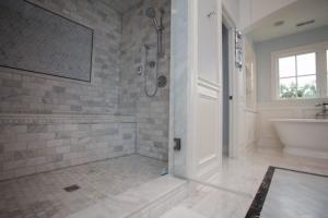Видове плочки за баня