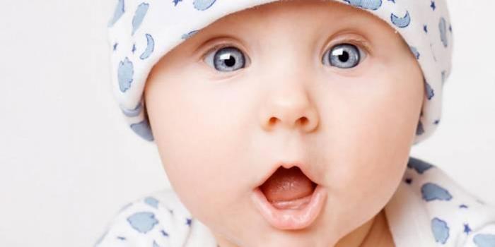 Избор на бебешко име според месеца на раждане