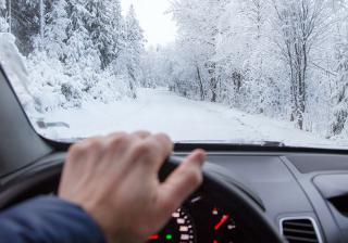 Как да се грижим за климатика на колата през зимата