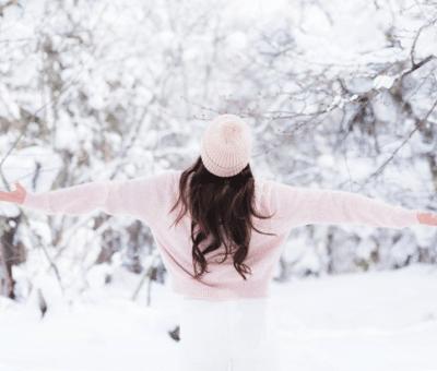 Идеи за стилна визия през зимата – най-подходящите цветови съчетания